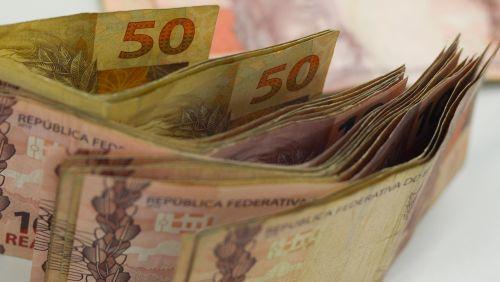 Fazenda eleva projeção de crescimento da economia para 3% em 2018