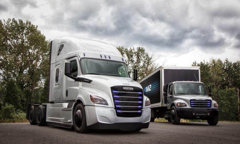 Dona da Mercedes-Benz mostra caminhão elétrico pesado com autonomia para 400 km
