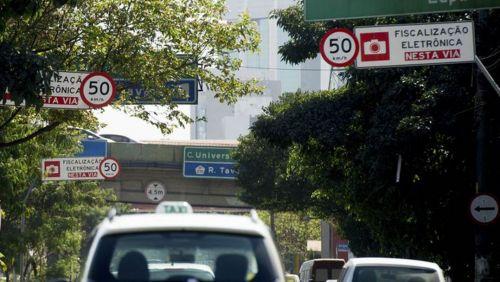 Fiscalização em São Paulo vai pegar motorista que só freia no radar