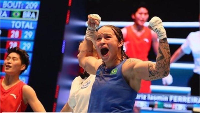 Beatriz Ferreira conquista ouro e é eleita a melhor atleta do Mundial de Boxe