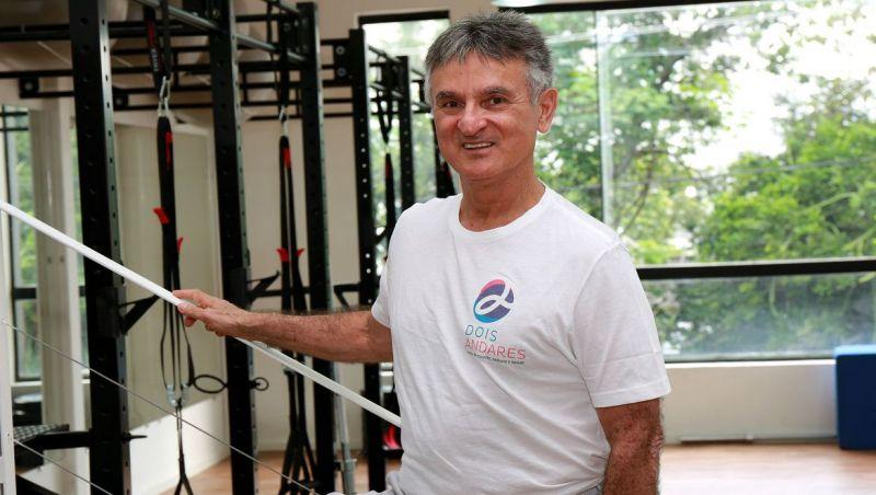 Preparador físico mostra como aproveitar quarentena para se exercitar