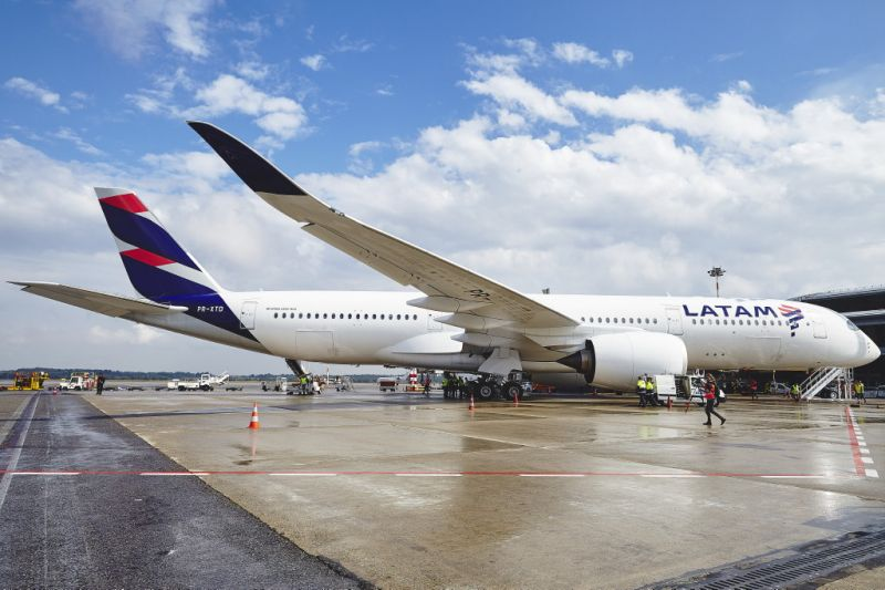 Coronavírus: baixa demanda leva Latam a reduzir voos internacionais