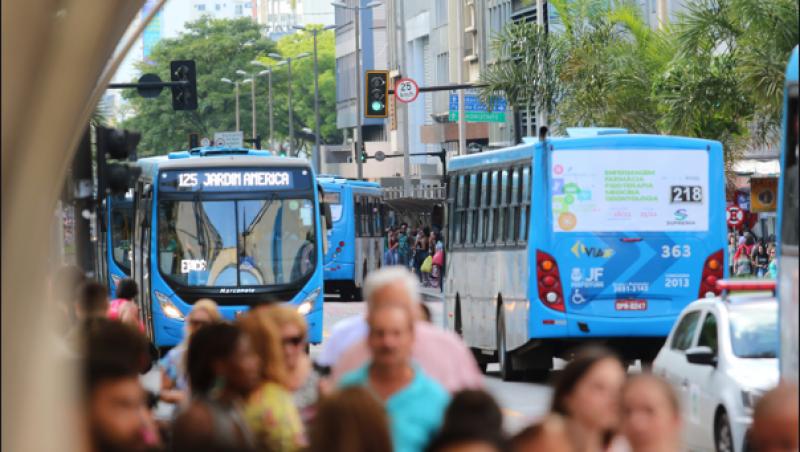 CPI dos Ônibus pede nova licitação e congelamento de tarifas em JF