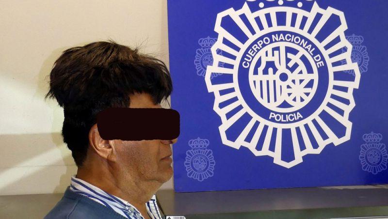 Colombiano é preso com cocaína escondida sob peruca na Espanha