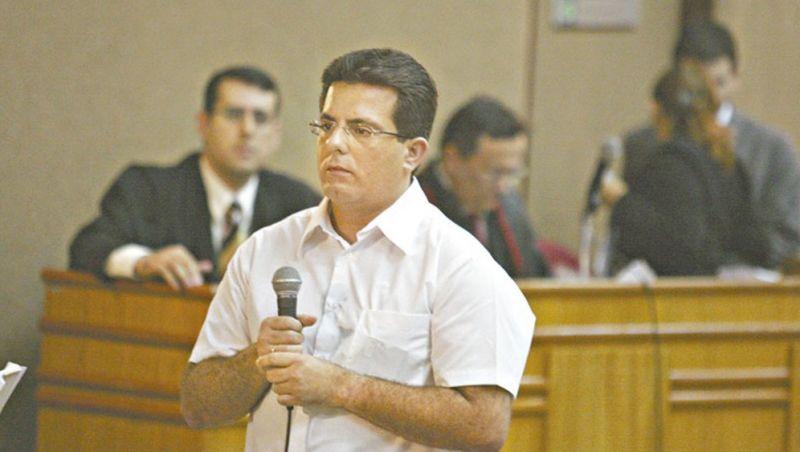 Empresário se entrega à Justiça 21 anos após tentar matar ex-mulher com tiro na cabeça no Ceará