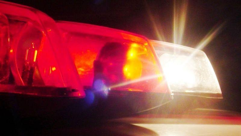 Jovem é flagrado com drogas e agride policiais em JF