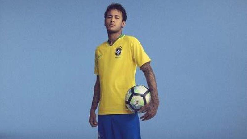 Golpe pelo whatsapp promete camisa da Seleção Brasileira