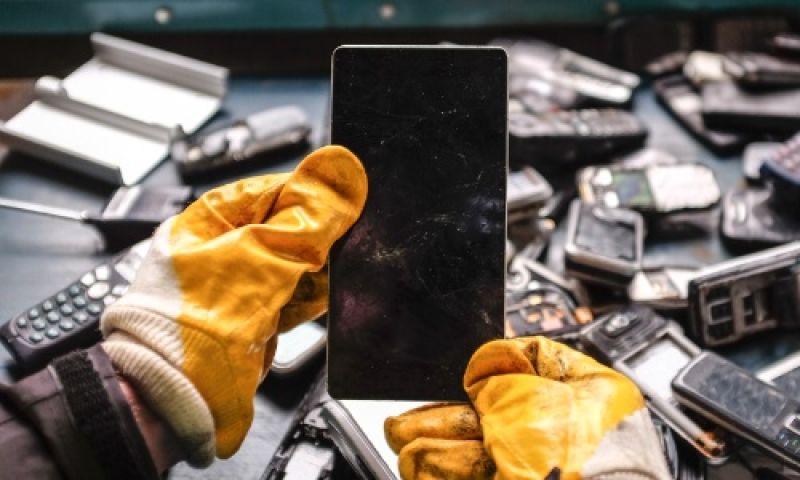 O que fazer com os aparelhos eletrônicos encostados na sua casa?