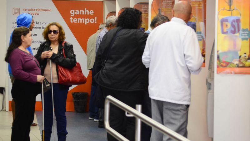 Corpus Christi: bancos fecham hoje, mas reabrem amanhã