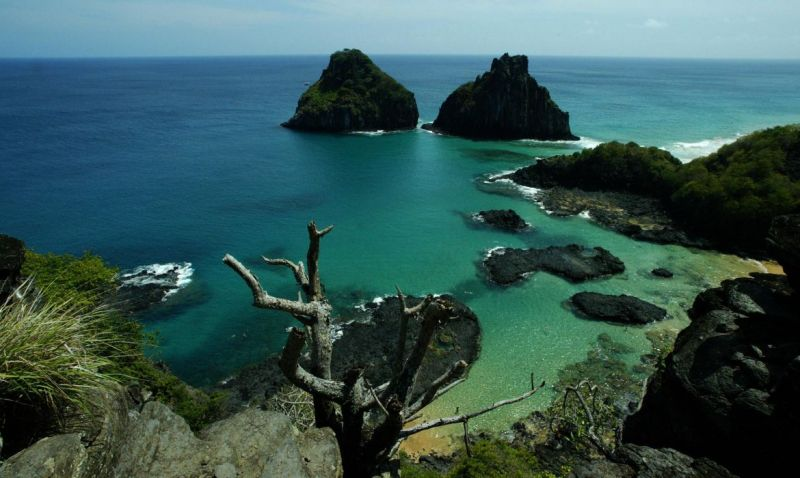 Fernando de Noronha receberá apenas turistas que já tiveram covid-19