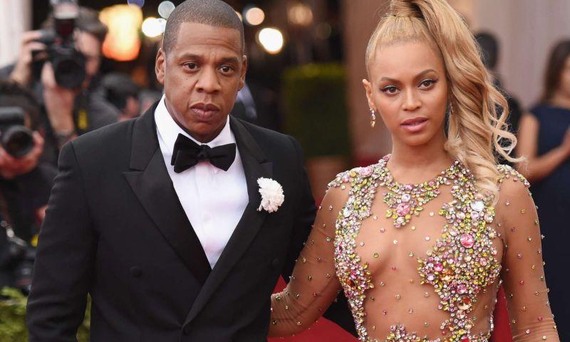 Essas celebridades foram alvos de processos bizarros!