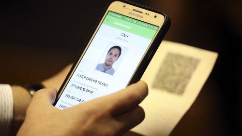 Carteira de habilitação eletrônica já pode ser testada por motoristas