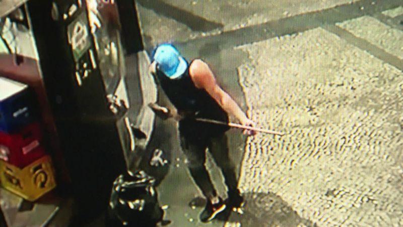 Últimas imagens de garçom morto com tiro na cabeça no Rio o mostram se divertindo no trabalho