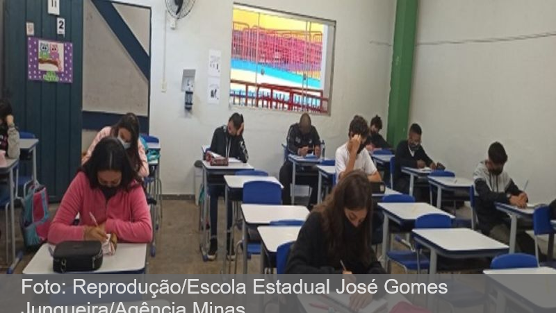 MG: Alunos do 9º ano e do 3º ano do ensino médio retornam às aulas presenciais