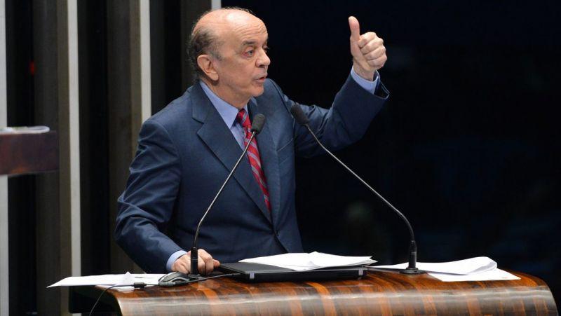 José Serra é denunciado por lavagem de dinheiro