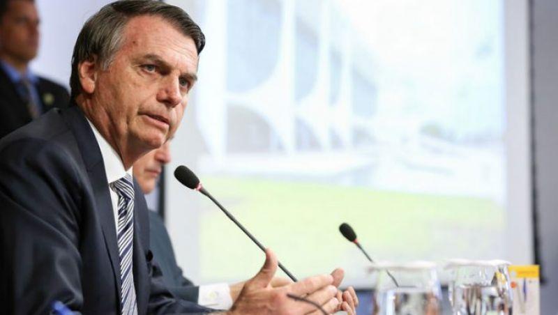 Concessão de título de cidadão honorário a Bolsonaro é alvo de abaixo-assinado