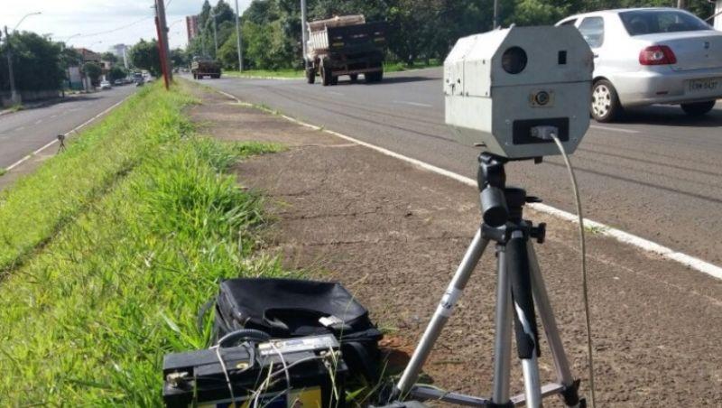 Em 4 meses, radares móveis flagram mais de 70 mil motoristas infratores em BRs de Minas