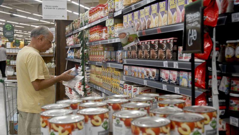 Vendas em supermercados sobem 15,8% em fevereiro
