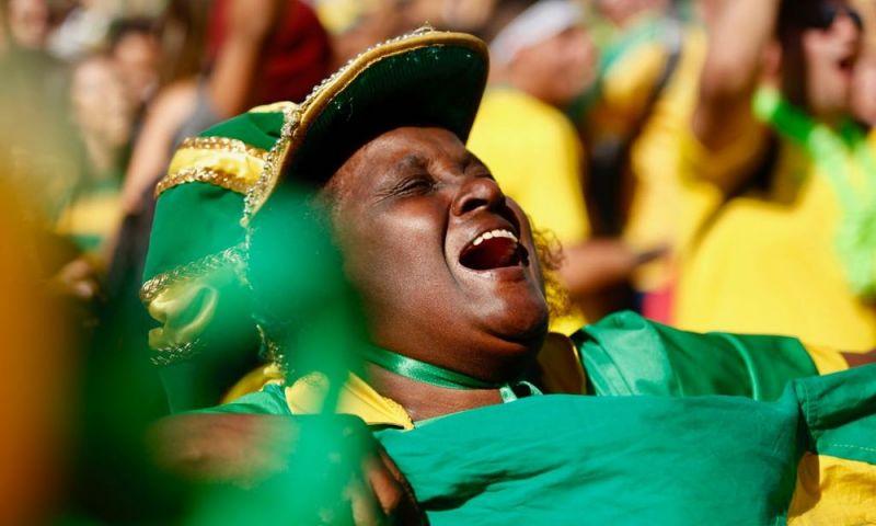 O que acontece no corpo durante um jogo emocionante do Brasil na Copa - e quais os riscos