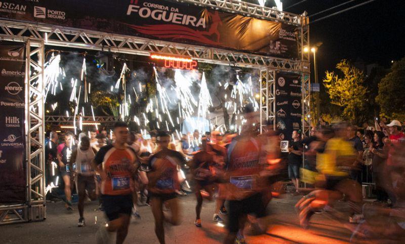 """Avenida Rio Branco em JF recebe """"72ª Corrida da Fogueira"""" no sábado"""