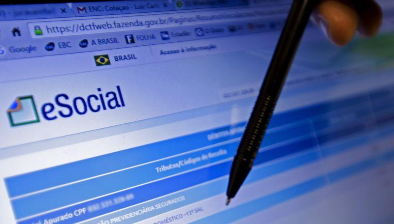 Empregador doméstico tem até hoje para pagar guia de junho do eSocial