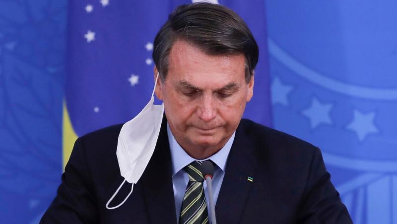 Bolsonaro diz que pode já ter sido infectado pelo coronavírus e menciona possível novo teste
