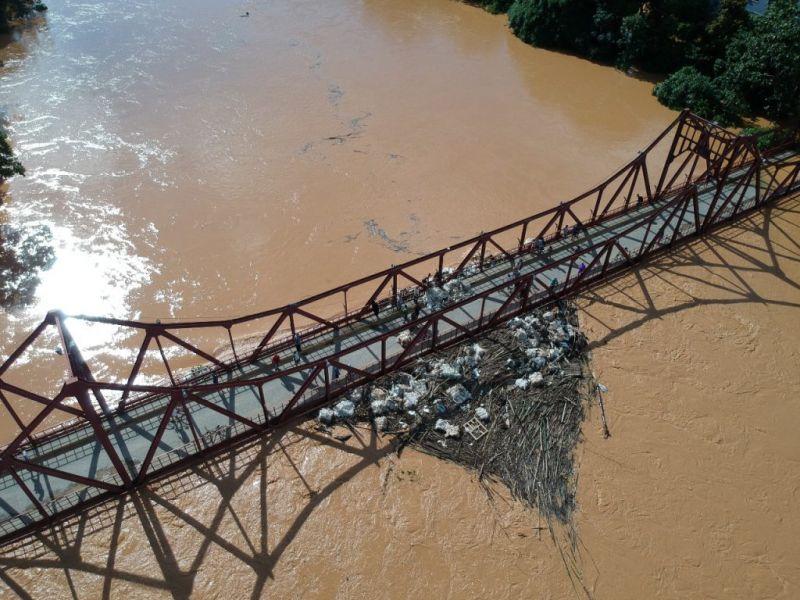Água do Rio Pomba começa a baixar