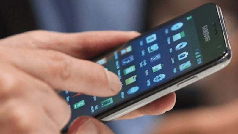 Anatel começa a bloquear celulares irregulares em Minas e em 14 Estados no próximo domingo