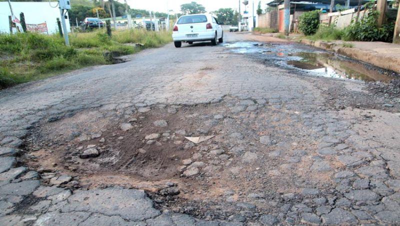 Recuperação do asfalto em JF pode custar até R$ 1 bi