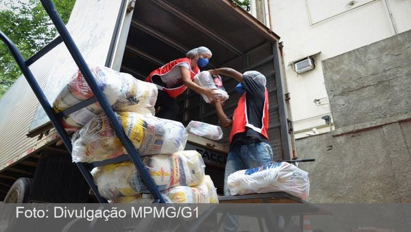 Cruz Vermelha entrega doações para moradores atingidos pelas chuvas em Espera Feliz