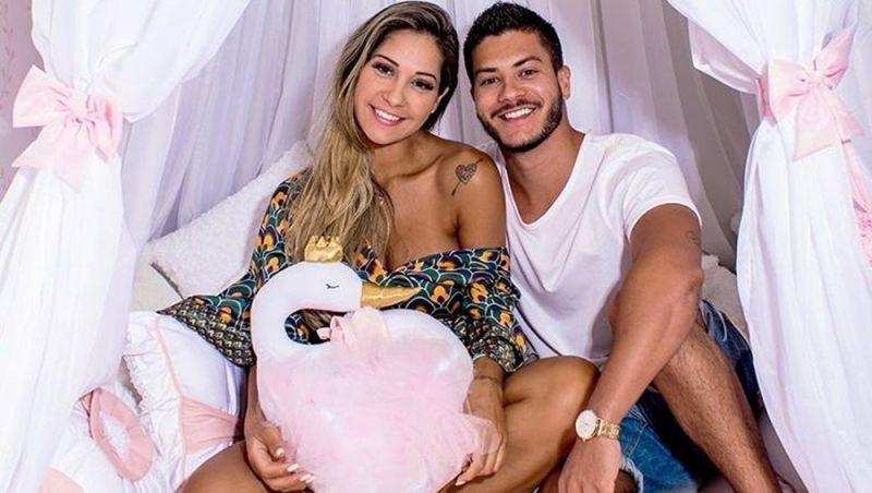 Arthur Aguiar e Mayra Cardi sofrem tentativa de assalto no Rio e criminosos tentam levar filha do casal