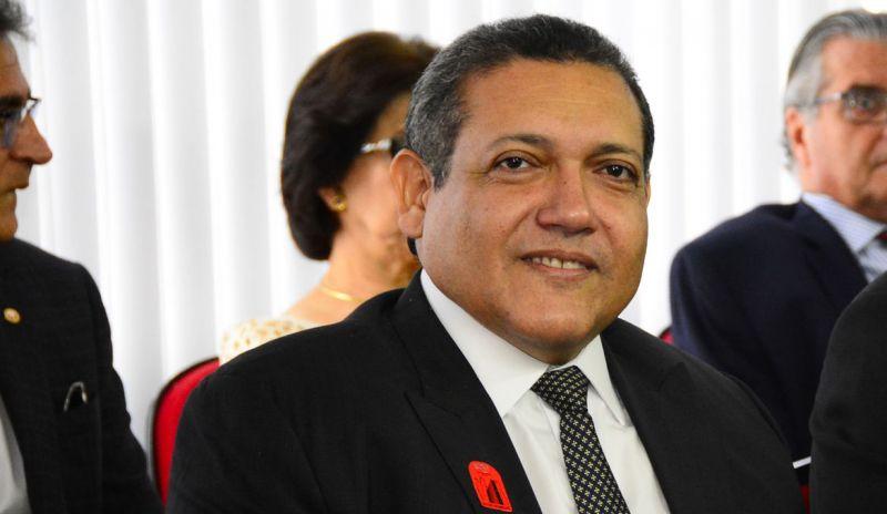 Braga entrega relatório de indicação de Kassio Nunes Marques ao STF