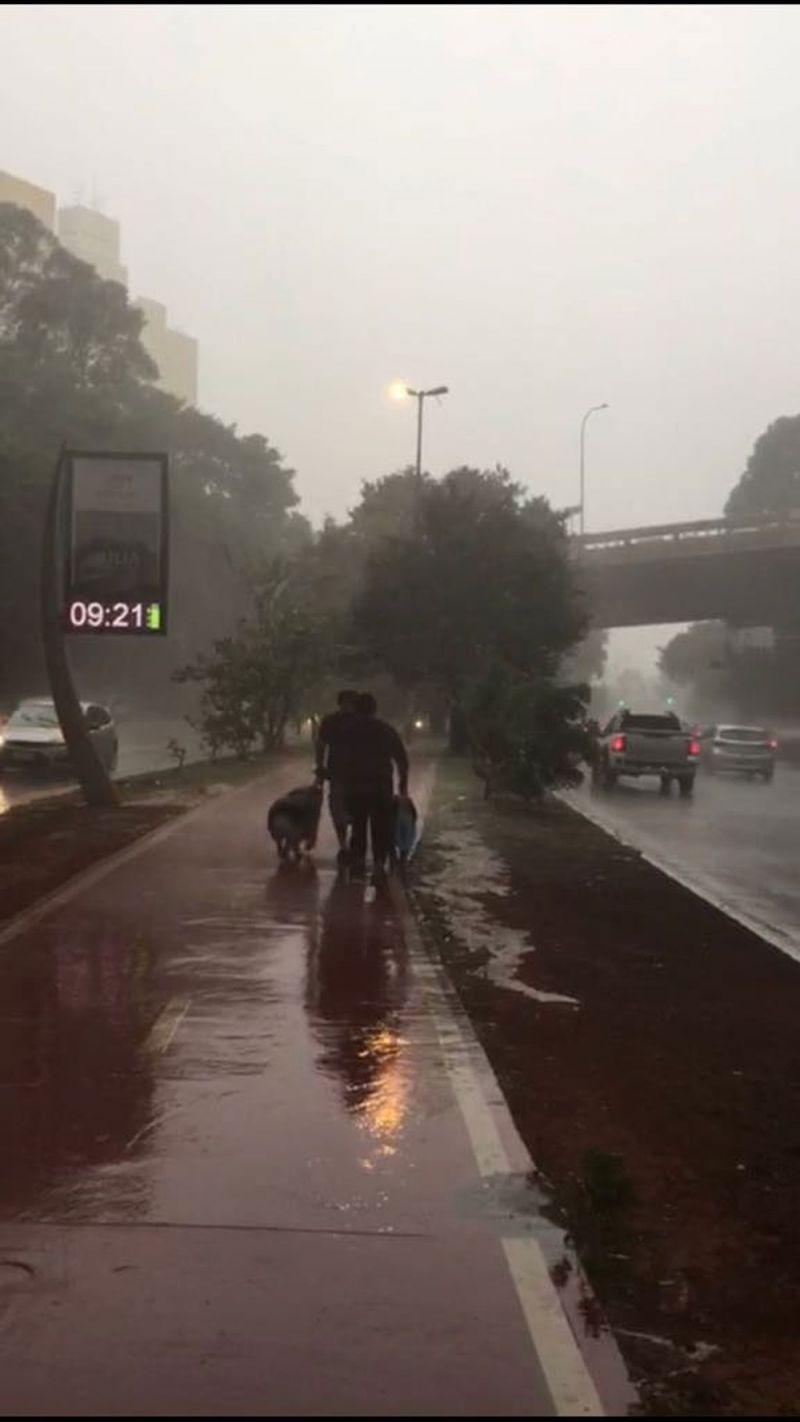 São Paulo tem fim de semana com forte chuva e baixas temperaturas