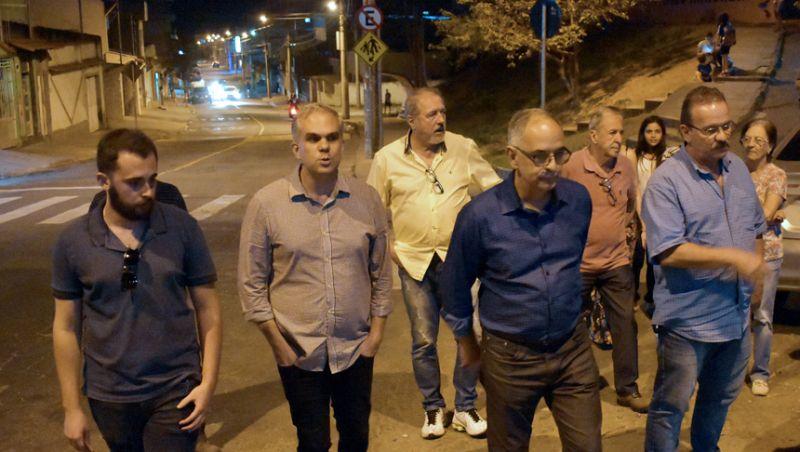 Prefeitura entrega nova iluminação pública no Bairro Bom Jardim