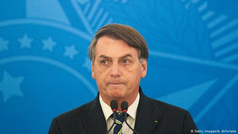 Em pronunciamento, Bolsonaro defende uso da cloroquina contra covid-19