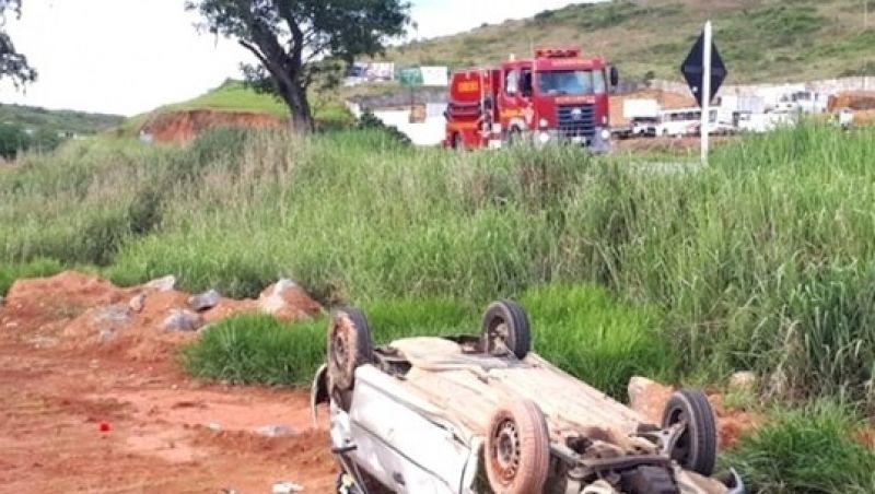 Dois acidentes marcam o final de domingo em estradas da região