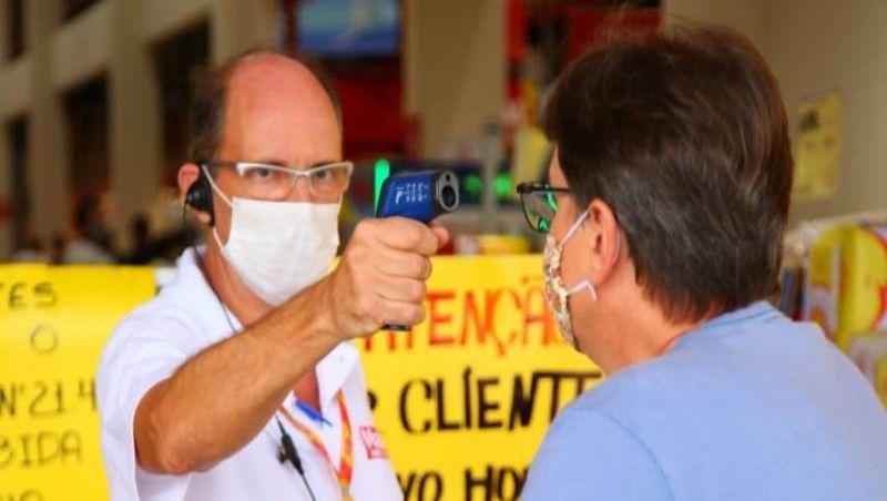 Vereadores de JF aprovam obrigatoriedade de medição de temperatura corporal em supermercados e instituições financeiras