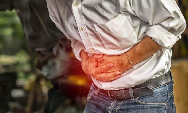 4 remédios naturais para reduzir a dor abdominal