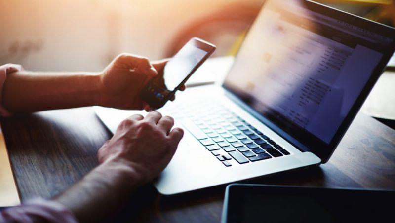 Um em cada 4 brasileiros não têm acesso à internet, mostra pesquisa