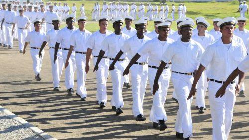 Marinha abre 1.240 vagas para aprendizes-marinheiros