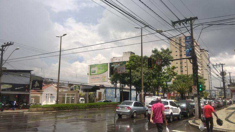 Frente fria atinge as cidades da Zona da Mata e do Campo das Vertentes e provoca chuva, diz Inmet