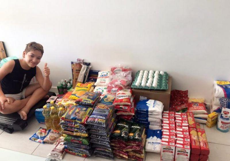 Menino de 11 anos faz e vende pavê pra ajudar famílias sem emprego: Covid