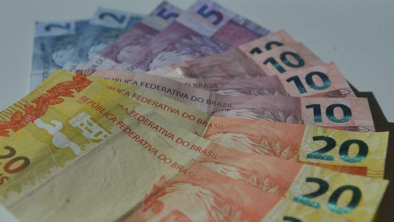 Pagamentos instantâneos podem aumentar receita de bancos em US$ 500 bi
