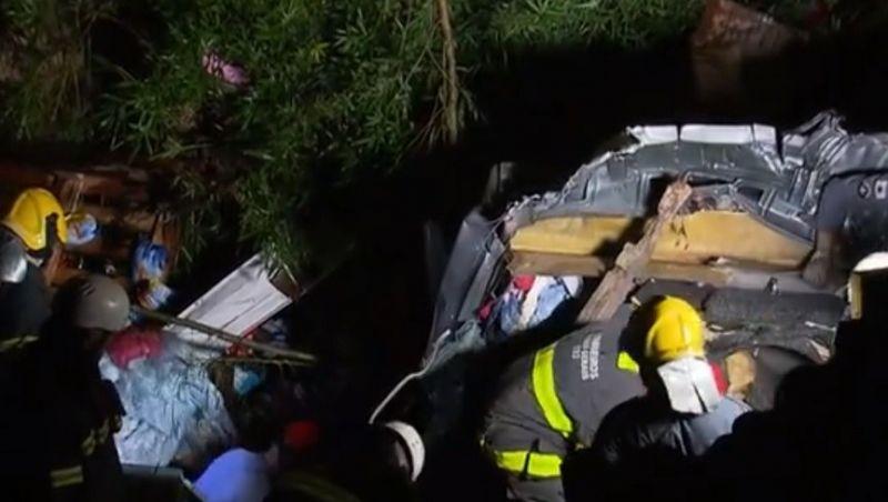 Pai e filho que fariam surpresa para avó na Páscoa morrem em acidente em Belo Horizonte