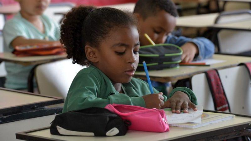 Governo de Minas adia o inicio das aulas da rede estadual