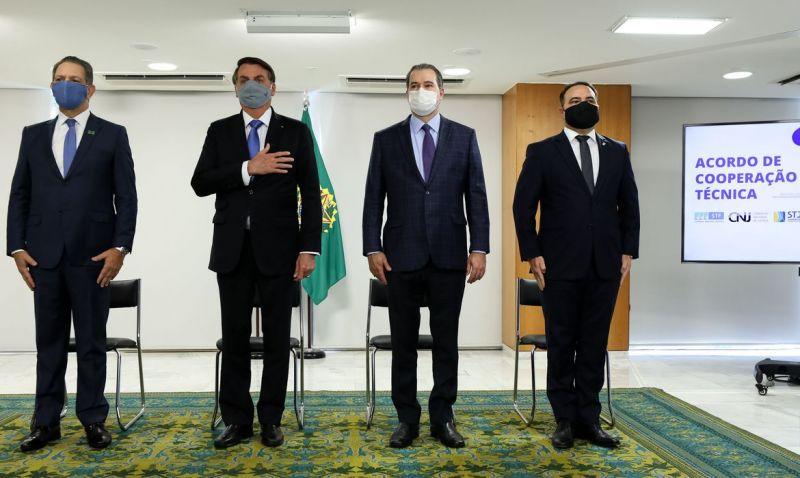 Governo lança sistema para facilitar acesso à legislação brasileira