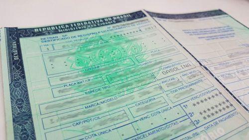 Documento digital para veículos chega até o final de 2018