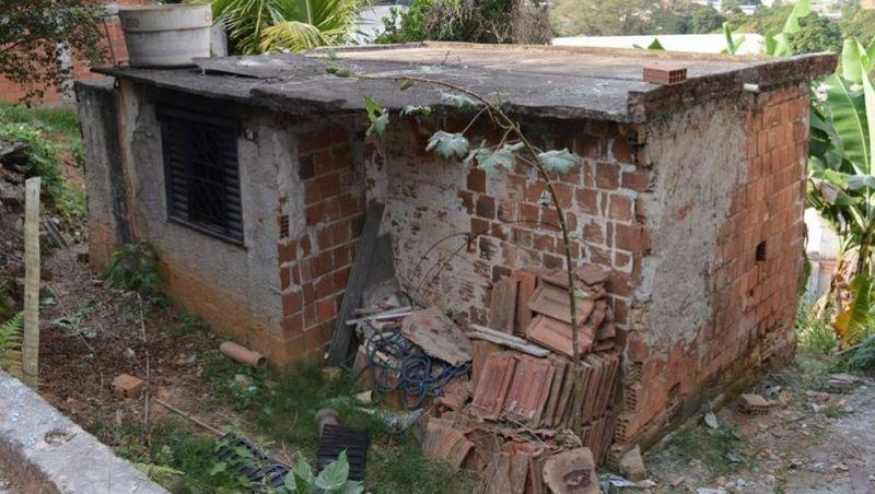 Incêndio em residência deixa uma mulher morta em Leopoldina