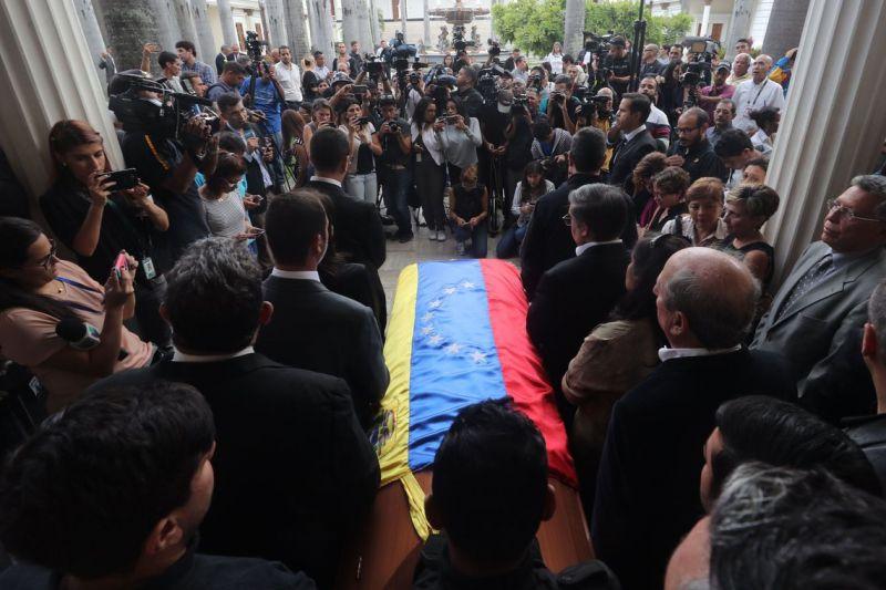 Brasil cobra explicações sobre suposto suicídio de opositor de Maduro
