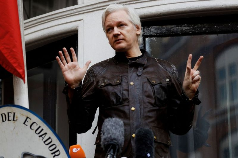 Fundador do Wikileaks, Assange é preso em Londres